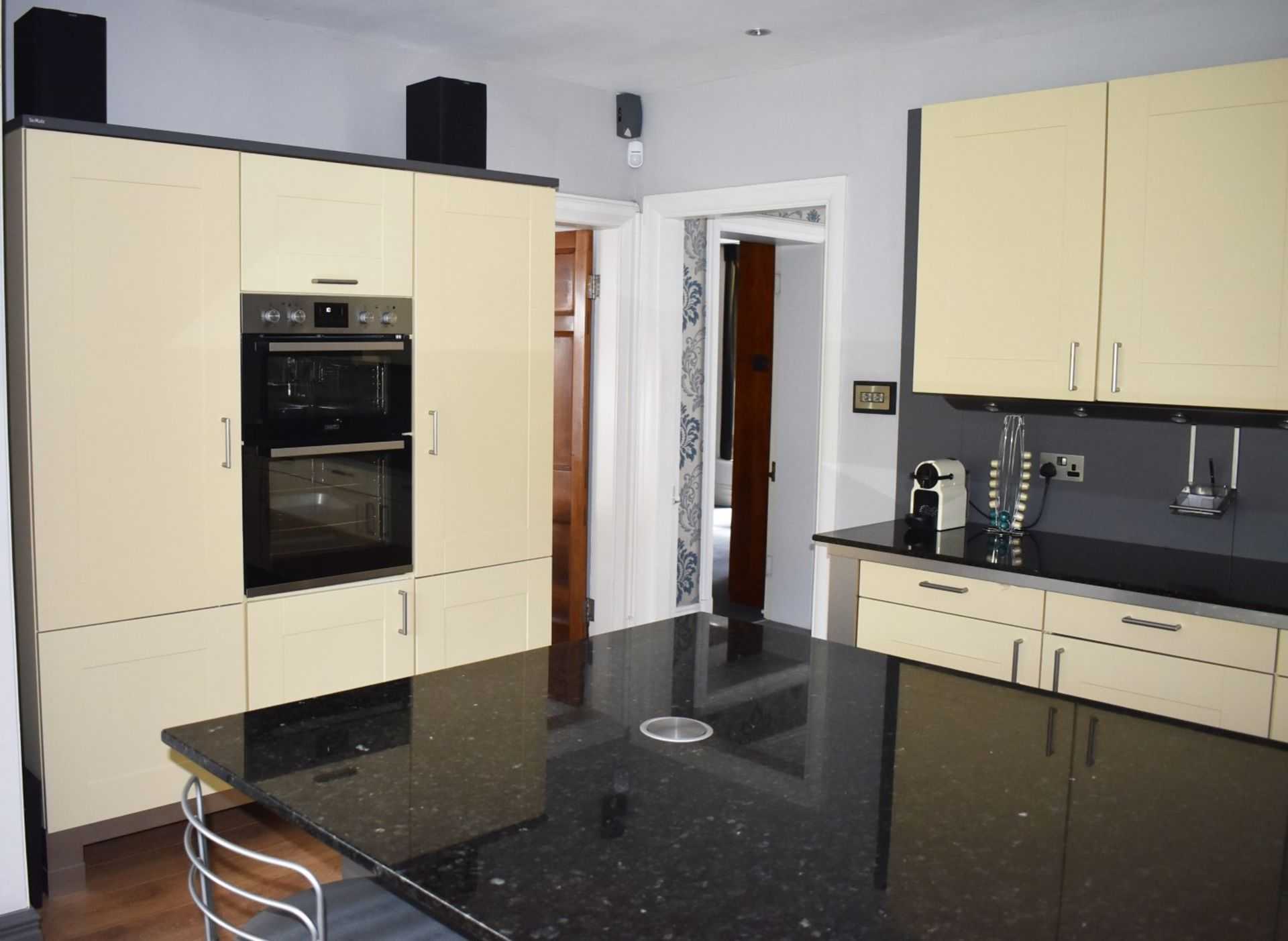 1 x SieMatic Contemporary Fitted Kitchen With Appliances - Features Shaker Style Doors, Central - Image 82 of 96