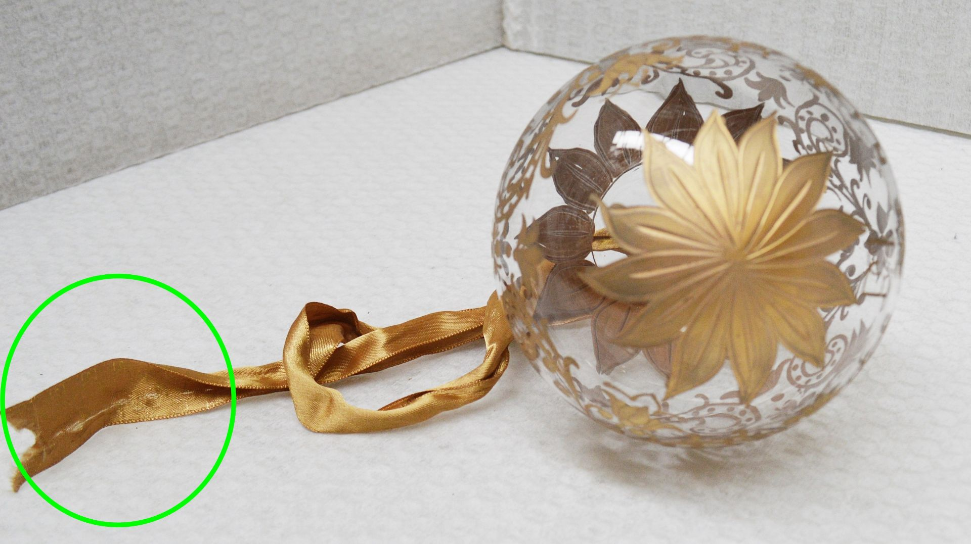 1 x BALDI 'Home Jewels' Italian Hand-crafted Artisan Christmas Tree Decoration In Gold - Dimensions: - Image 2 of 4