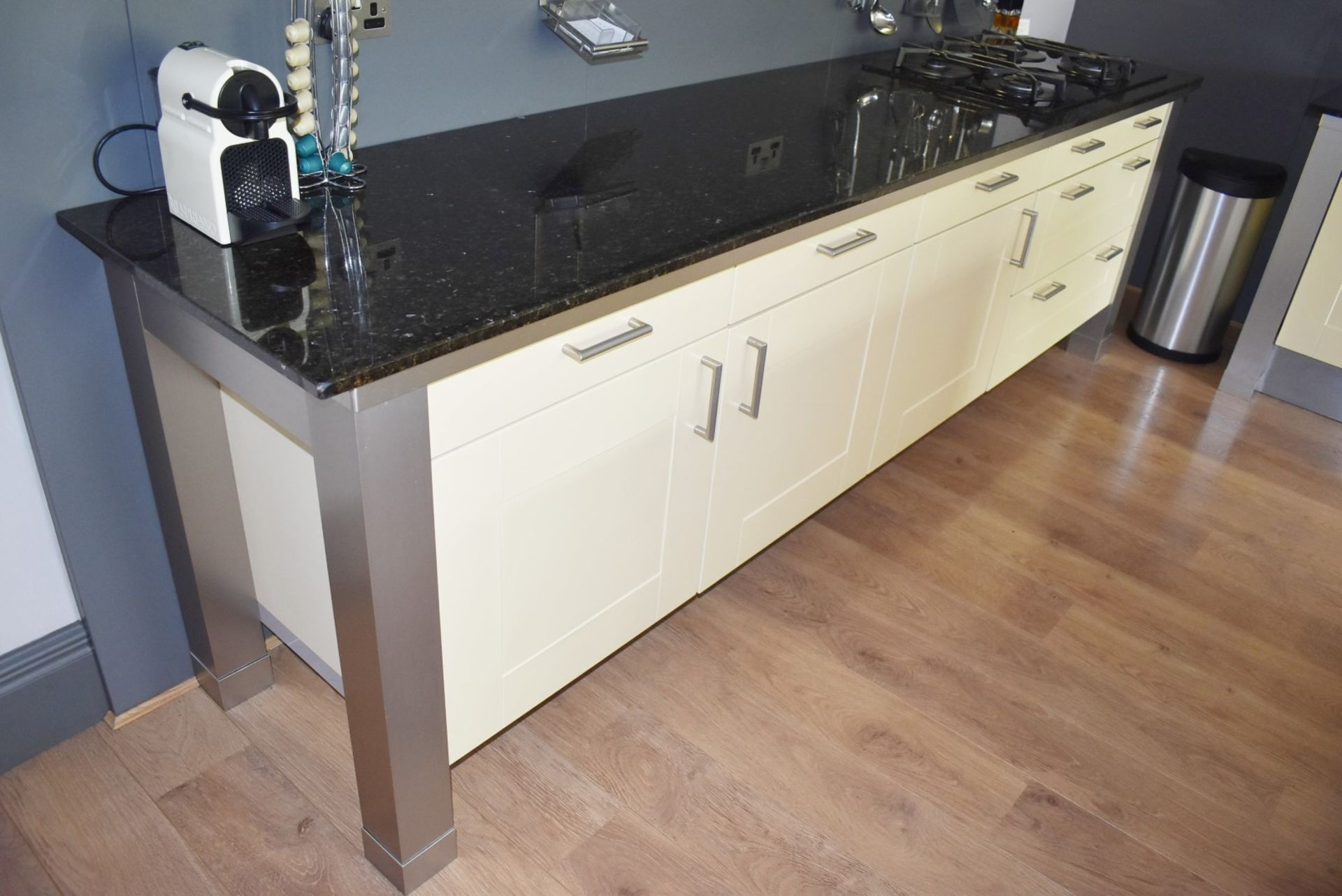 1 x SieMatic Contemporary Fitted Kitchen With Appliances - Features Shaker Style Doors, Central - Image 45 of 96