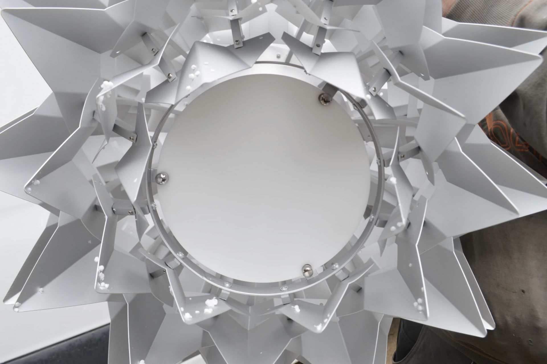 1 x 'Comosus' Statement Ceiling Pendant Light In Aluminium With A Brushed Silver Finish - Image 6 of 6