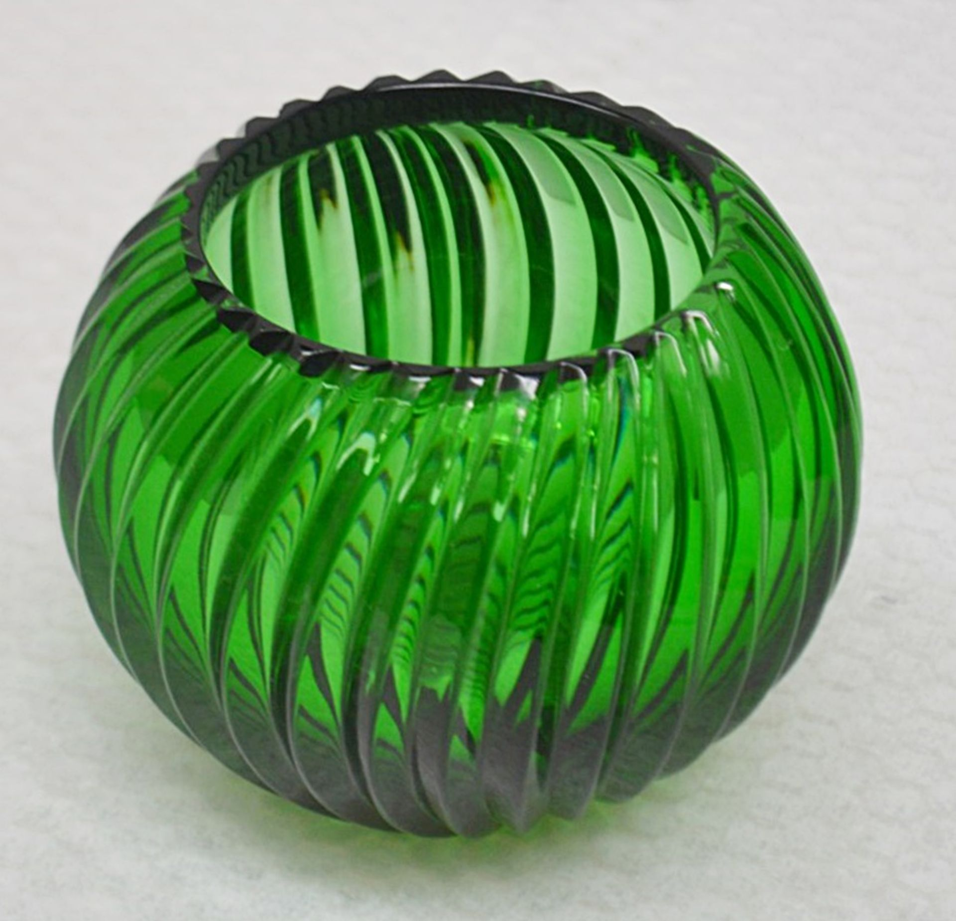 1 x BALDI 'Home Jewels' Italian Hand-crafted Artisan Crystal Bowl In Green - Dimensions: Height 10cm - Image 3 of 3