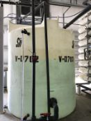 Approx 1500 gallon Synder Industies vertical plaastic single wall tank.
