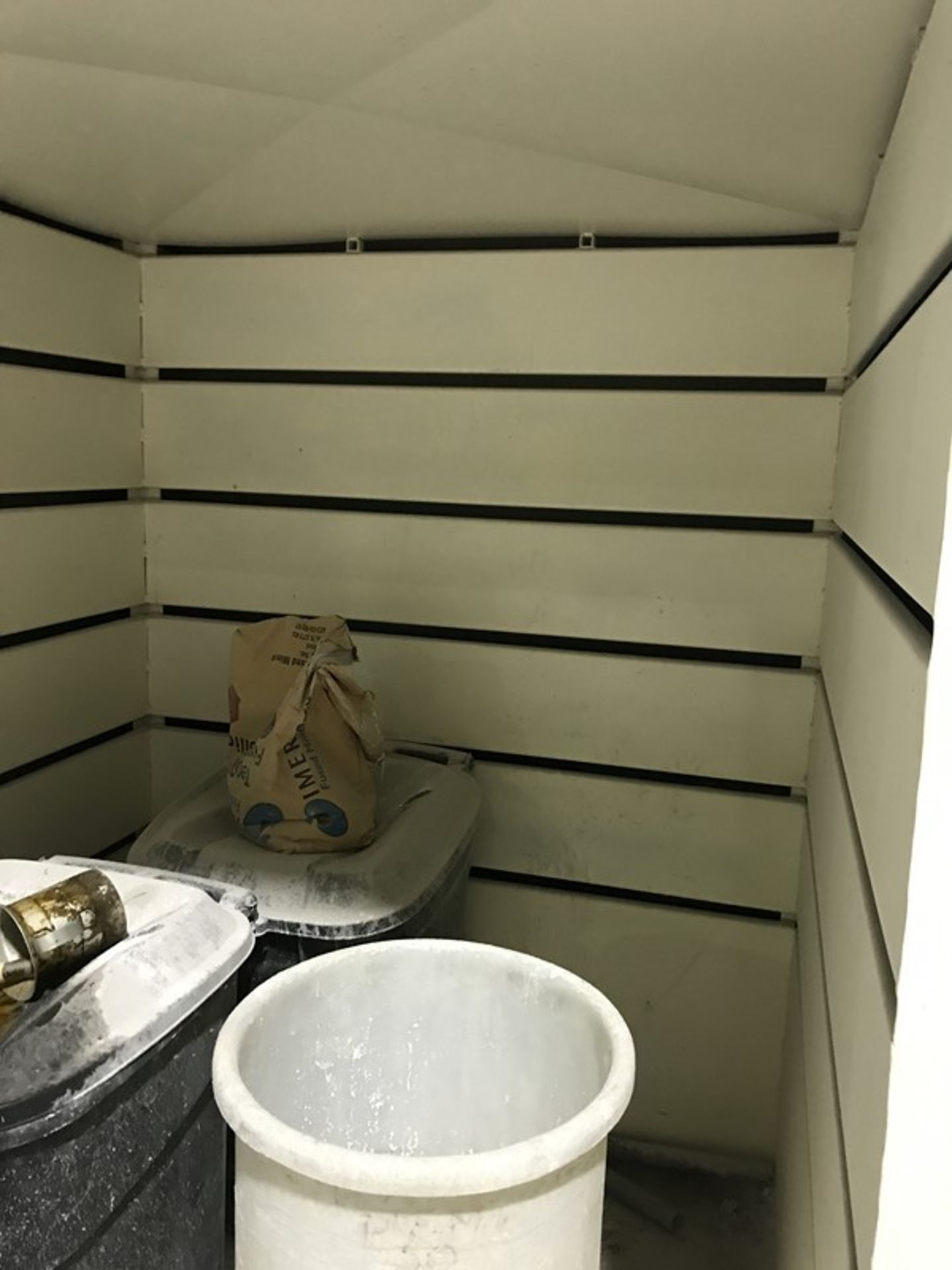 Dust Control Hood/Shed - Image 3 of 3