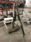 Beech V5000 500-Lb Manual Hydraulic Boom Lift