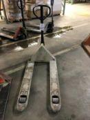 Crown 5,000-Lb Cap Hydraulic Pallet Jack