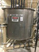 Bendel 500-Gallon SS Vertical Tank