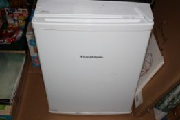 UNBOXED RUSSELL HOBBS WHITE COUNTER TOP FRIDGE RHTTF67W RRP £120.00Condition ReportAppraisal