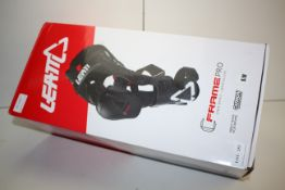 BOXED LEATT FRAME PRO KNEE BRACE CERTIFIED MEDICAL PRODUCT - CARBON CONSTRUCTION RRP £422.