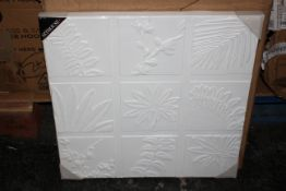 2X BOXED ARTHOUSE CANVAS 3D LEAVES RRP £22.99 EACHCondition ReportAppraisal Available on Request-