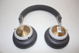 UNBOXED BANG & OLEFSEN HL4L2ZM/A BEOPLAY WIRELESS HEADPHONES RRP £250.00