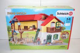 BOXED SCHLEICH FARM WORLD TOY LARGE FARM HOUSE RRP