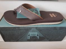 BRAND NEW TOMS FLIP FLOPS IN BROWN SIZE 8 RRP £30Condition ReportAppraisal Available on Request- All
