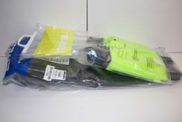 2X BAGGED SETS OF DIVE FINS BY CRESSI & MARUCondition ReportAppraisal Available on Request- All