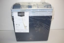 UNBOXED AMAZON BASICS ELECTRIC WARM/COOL BOXCondition ReportAppraisal Available on Request- All