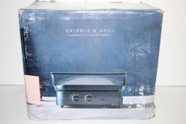 BOXED CUISINART GRIDDLE & GRILL HIGH PERFORMANCE WITH INTERCHANGEABLE GRILL AND GRIDDLE PLATES