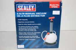 BOXED SEALEY 5.5LTR MANUAL VACUUM OIL & FLUID EXTRACTOR MODEL NO. TP696 RRP £54.55Condition