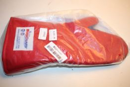 BAGGED TUCKER BURNGUARD GLOVE RRP £60.00Condition ReportAppraisal Available on Request- All Items