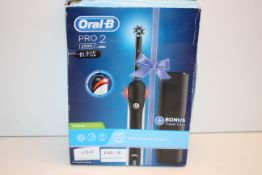 BOXED ORAL B POWERED BY BRAUN PRO 2 BLACK EDITION 2500 TOOTHBRUSH RRP £32.49Condition