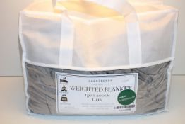 BAGGED BRENTFORDS WEIGHTED BLANKET 150 X 200 CM RRP £59.98Condition ReportAppraisal Available on