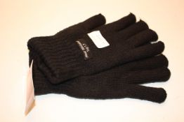 10X ASSORTED GLOVES & HATS Condition ReportAppraisal Available on Request- All Items are Unchecked/