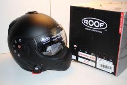 BOXED ROOF BOXER V8 FULL BLACK MOTORCYCLE HELMET NOIR MAT RRP £229.00Condition ReportAppraisal