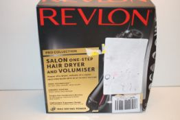 BOXED REVLON PRO COLLECTION SALON ONE-STEP HAIR DRYER AND VOLUMISER RRP £52.50Condition