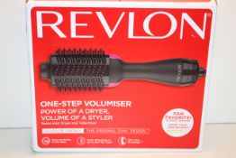 BOXED REVLON ONE-STEP VOLUMISER POWER OF A DRYER VOLUME OF A STYLER RRP £59.99Condition