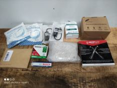 1 LOT TO CONTAIN 11 ASSORTED ITEMS TO INCLUDE BEAST ROPE/USB'S AND MORE (IMAGE DEPICTS STOCK) (
