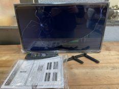 BOXED FERGUSON 32 INCH TV, SNCB7320, CRACKED SCREEN, POWERS ONCondition ReportCRACKED SCREEN, POWERS