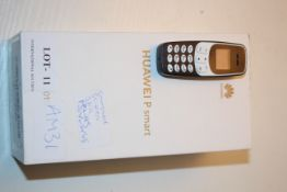 2X ASSORTED BOXED/UNBOXED MOBILE PHONES TO INCLUDE HUAWEI P SMART (SMASHED SCREEN POWERS ON WORKS) &