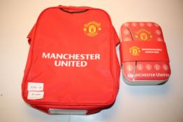 2X ASSORTED MAN UTD ITEMS TO INCLUDE LUNCH BAG & OTHER Condition ReportAppraisal Available on