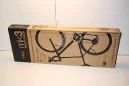 BOXED CRUD MK3 ROADRACER FULL MUDGUARD SET RRP £19.99Condition ReportAppraisal Available on Request-