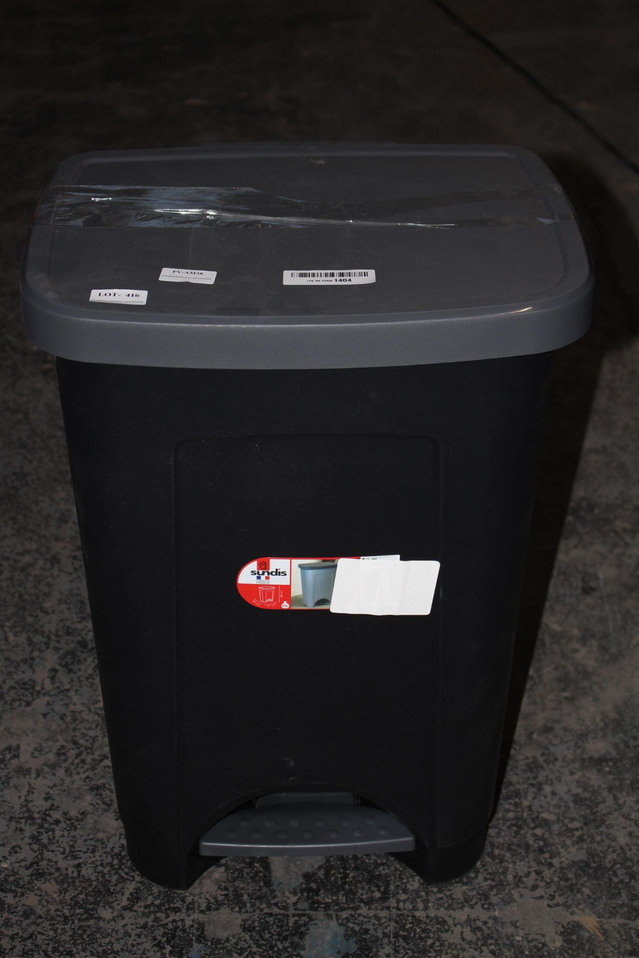 UNBOXED SUNDIS PEDAL BIN RRP £29.99Condition ReportAppraisal Available on Request- All Items are