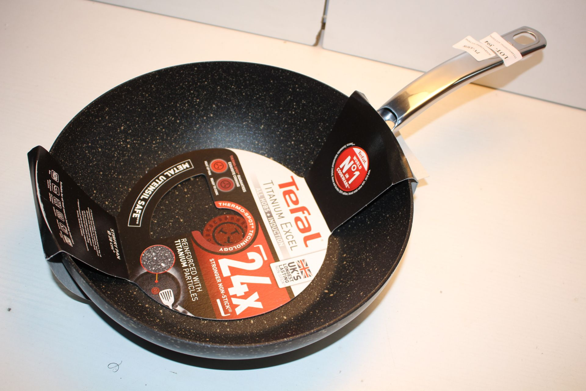 BOXED TEFAL TITANIUM EXCEL ALL HOBBS + INDUCTION 28CM Condition ReportAppraisal Available on