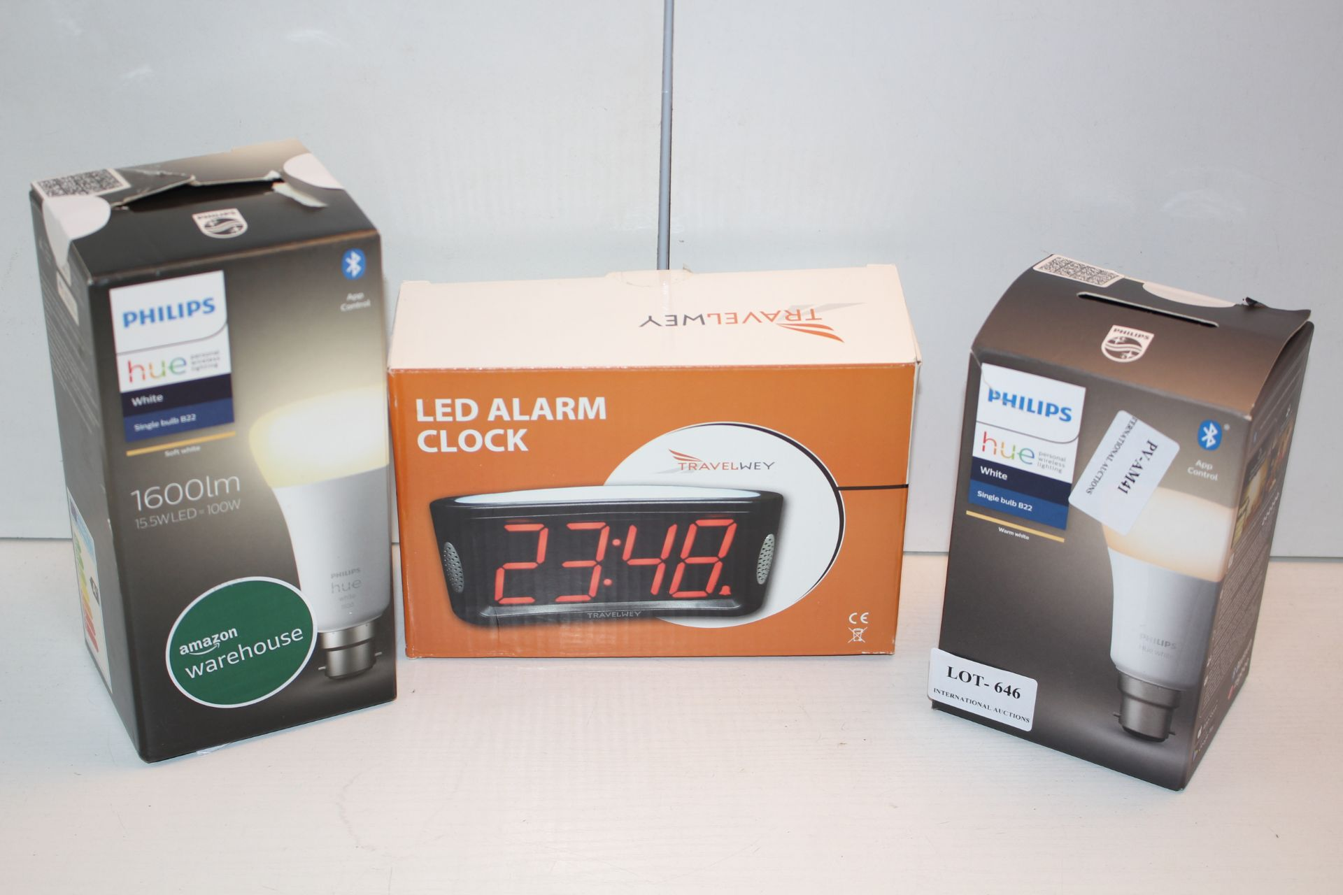 X3 BOXED ITEMS INCLUDING PHILIPS HUE B22 BULBS AND LED ALARM CLOCKCondition ReportAppraisal