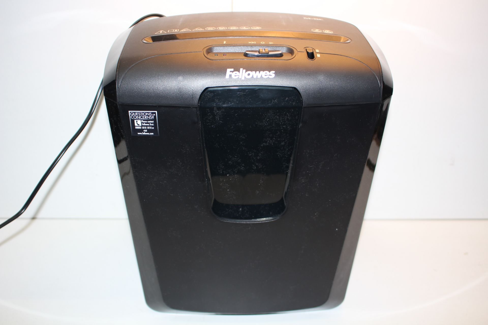 UNBOXED FELLOWES POWERSHRED M-8C SHREDDER RRP £71.99Condition ReportAppraisal Available on