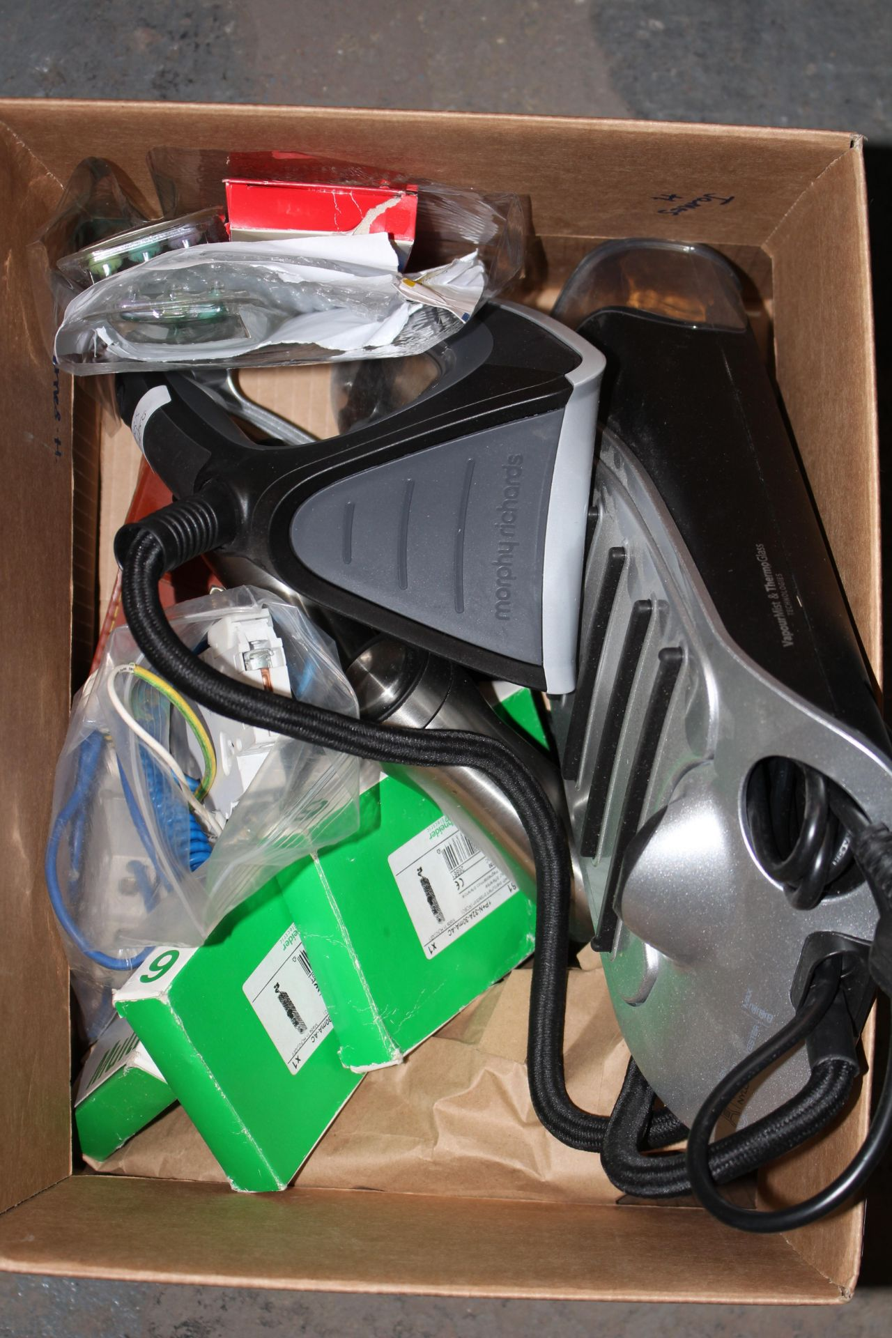 A SELECTION OF ITEMS TO INCLUDE ELECTRICAL ITEMS AND IRONCondition ReportAppraisal Available on