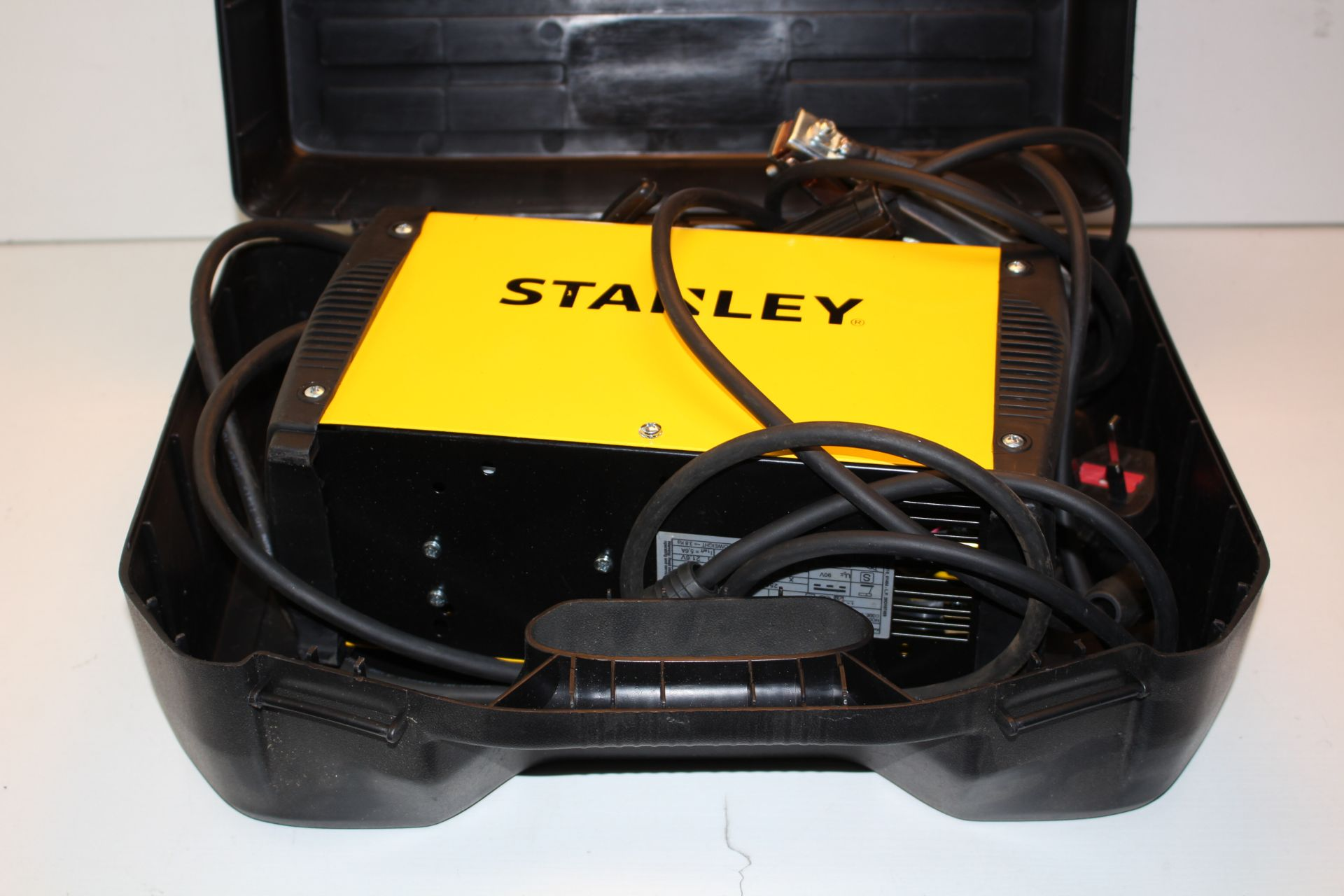 BOXED STANLEY SIRIO 170 INVERTER WELDER RRP £260.99Condition ReportAppraisal Available on Request-