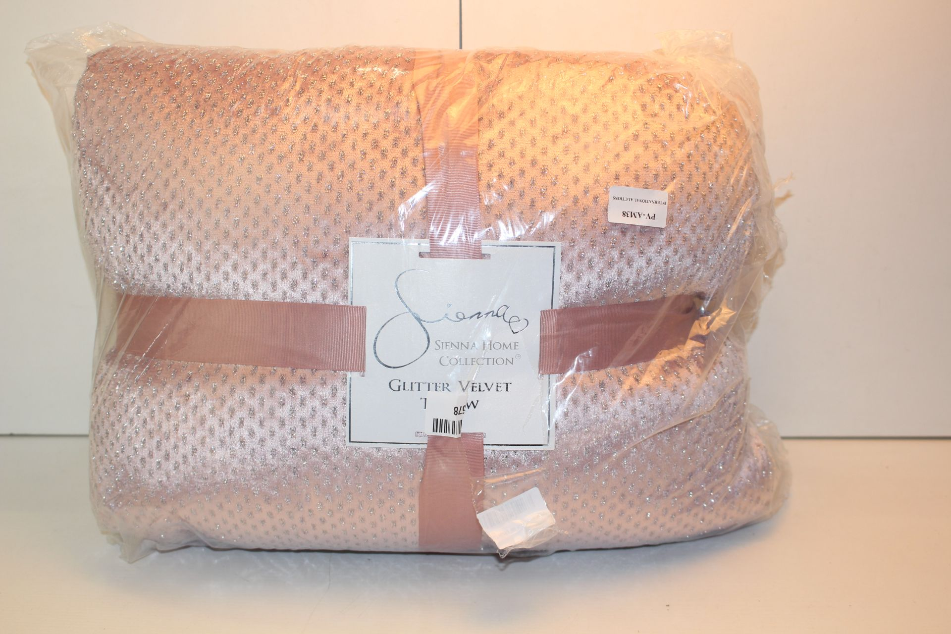 BAGGED SIENNA HOME PINK GLITTER THROWCondition ReportAppraisal Available on Request- All Items are