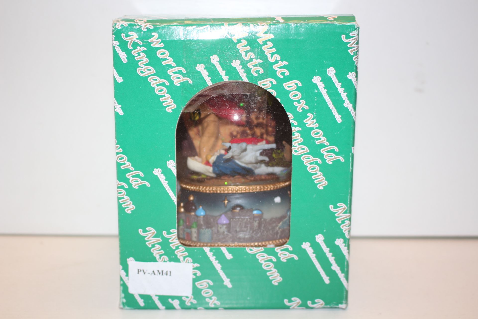 CHRISTMAS MUSIC BOX Condition ReportAppraisal Available on Request- All Items are Unchecked/Untested
