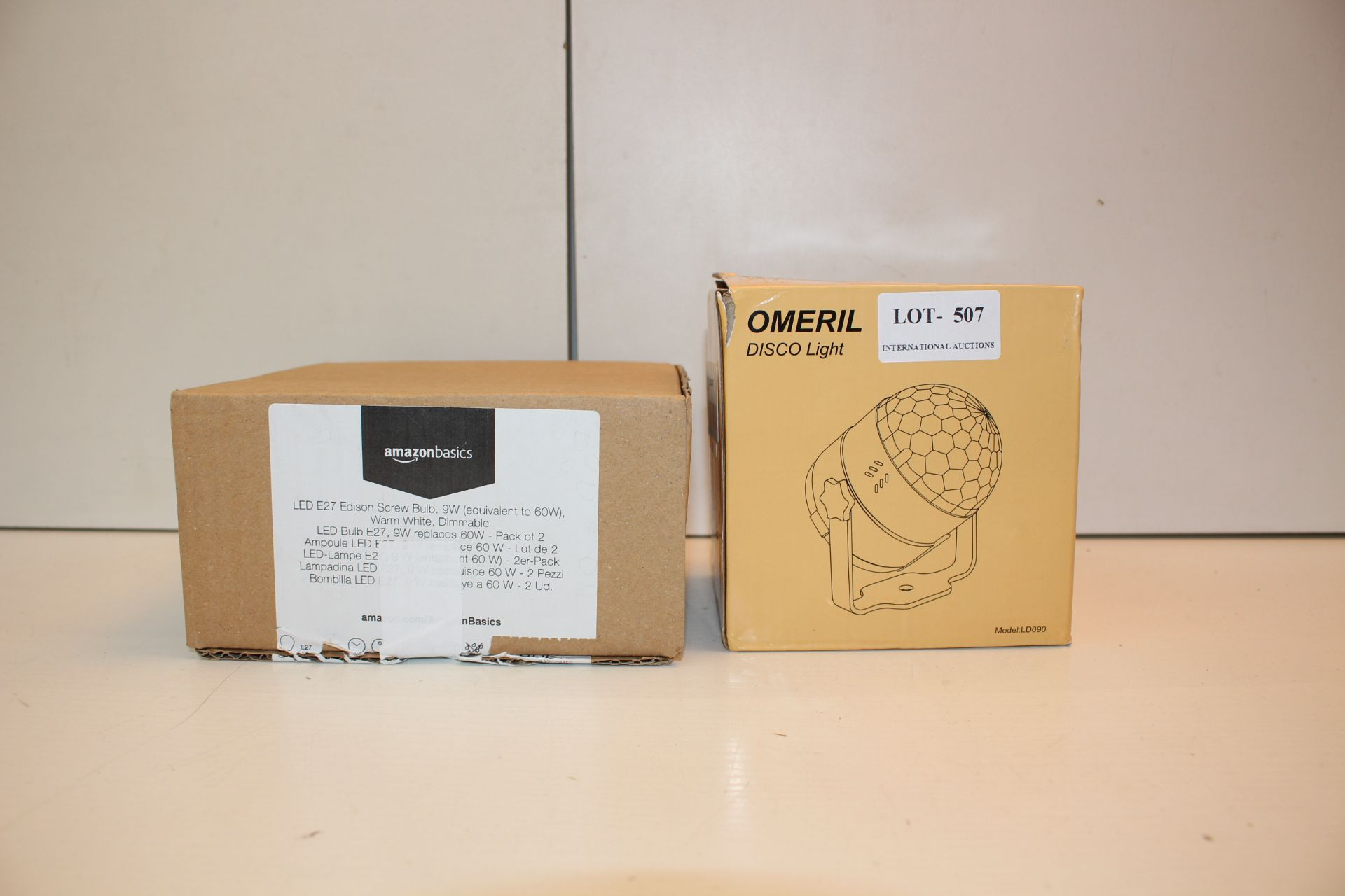 X2 BOXED ITEMS LICLUDING LIGHTS AND DISCO BALLCondition ReportAppraisal Available on Request- All