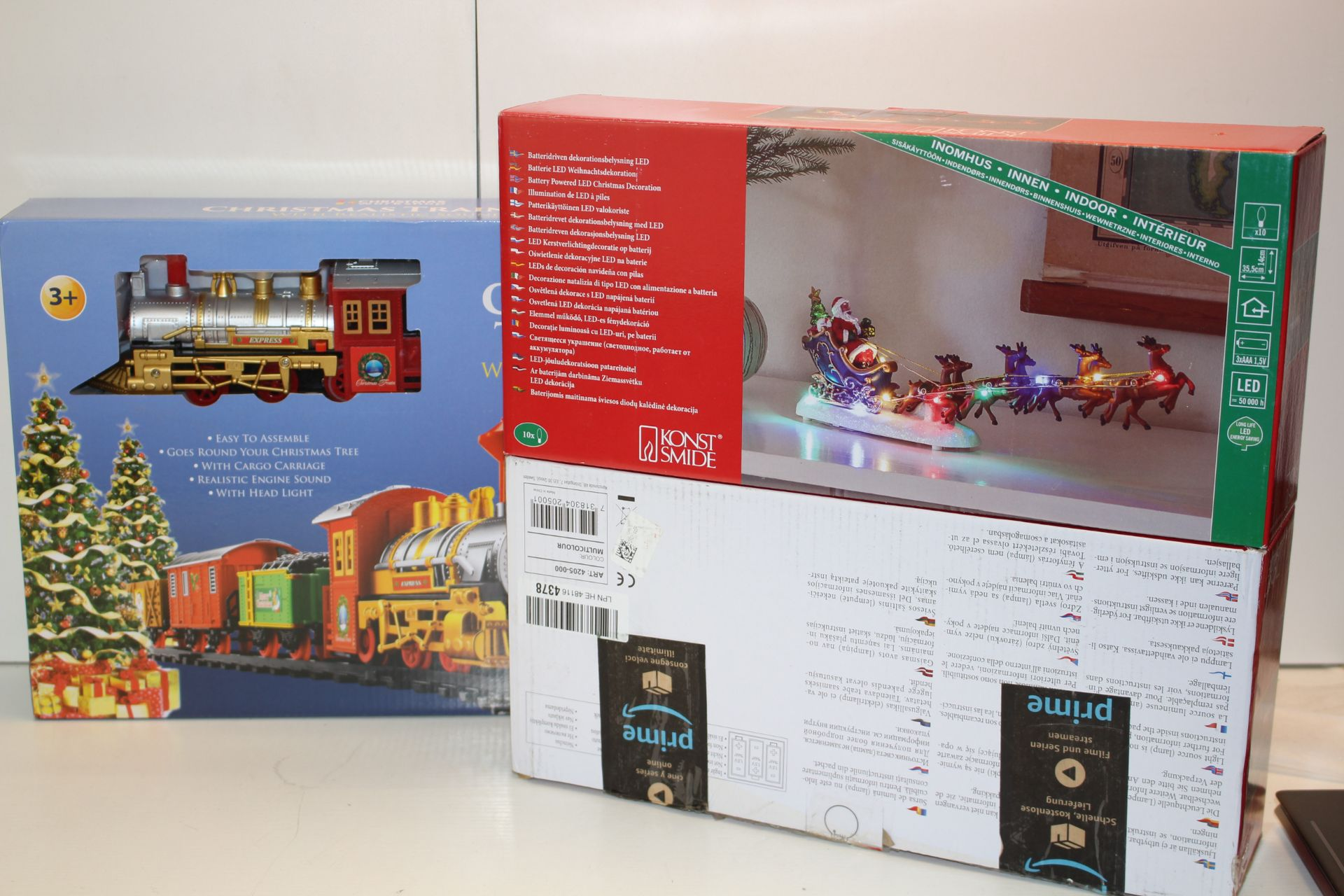 X3 BOXED CHRISTMAS ITEMS INCLUDING TRAIN SET AND OTHER, PLEASE SEE IMAGE Condition ReportAppraisal