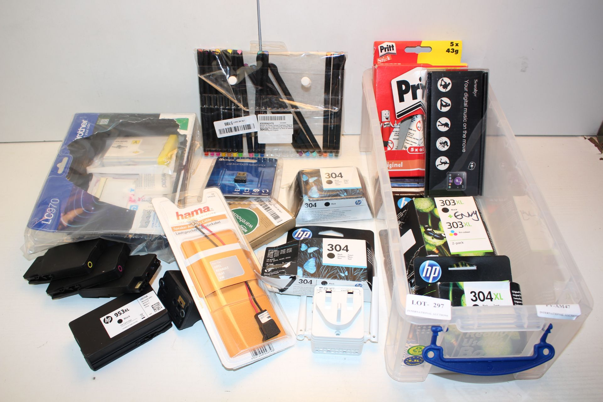 18X ASSORTED ITEMS (IMAGE DEPICTS STOCK)Condition ReportAppraisal Available on Request- All Items