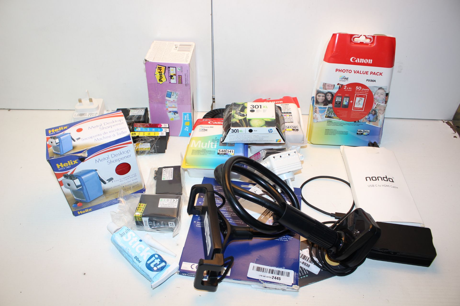 15X ASSORTED ITEMS (IMAGE DEPICTS STOCK)Condition ReportAppraisal Available on Request- All Items