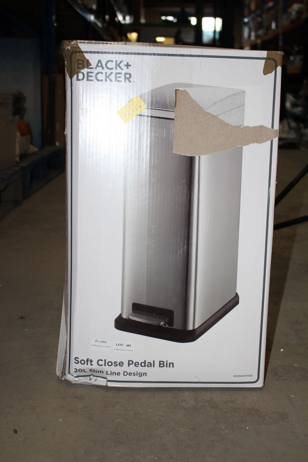 BOXED BLACK AND DECKER SOFT CLOSE PEDAL BIN, 20L SLIM Condition ReportAppraisal Available on