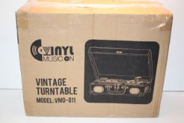 BOXED VINYL MUSIC ON VINTAGE TURNTABLE MODEL: VMO-011 RRP £30.00Condition ReportAppraisal