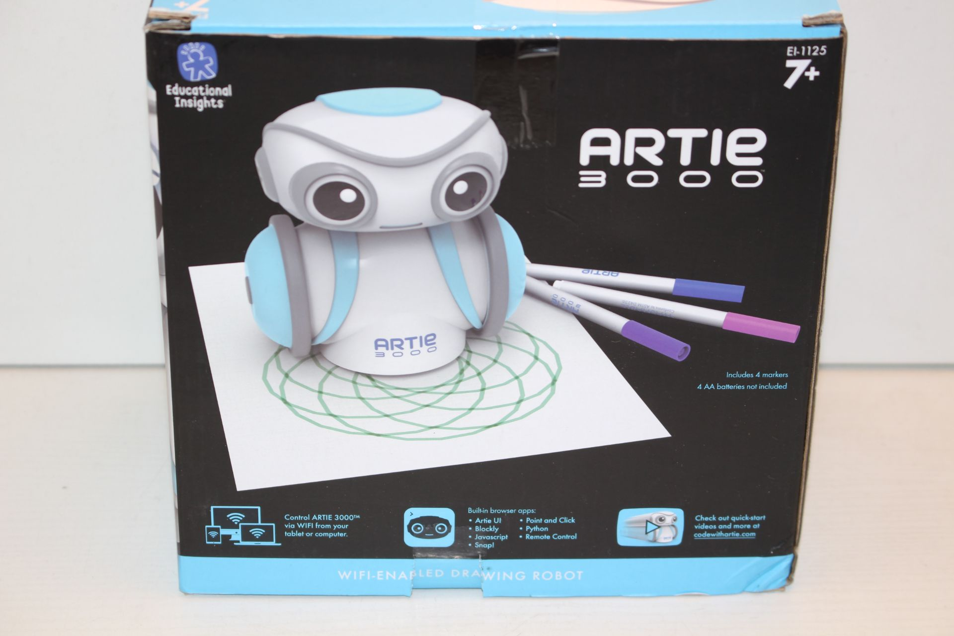 BOXED ARTIE 3000 DRAWING ROBOT RRP £60.00Condition ReportAppraisal Available on Request- All Items