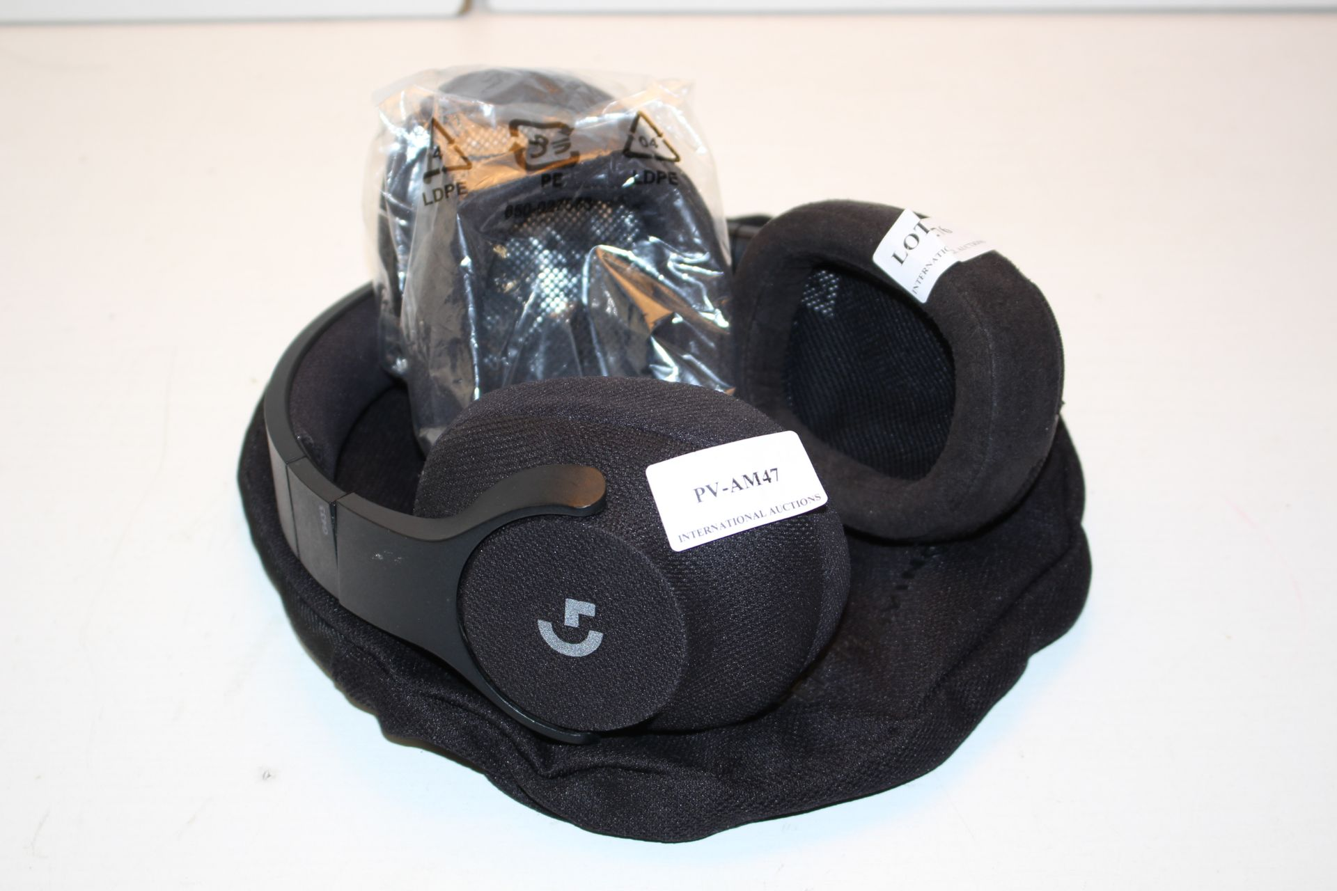 UNBOXED LOGITECH KEEP PLAYING WIRELESS GAMING HEADSET Condition ReportAppraisal Available on