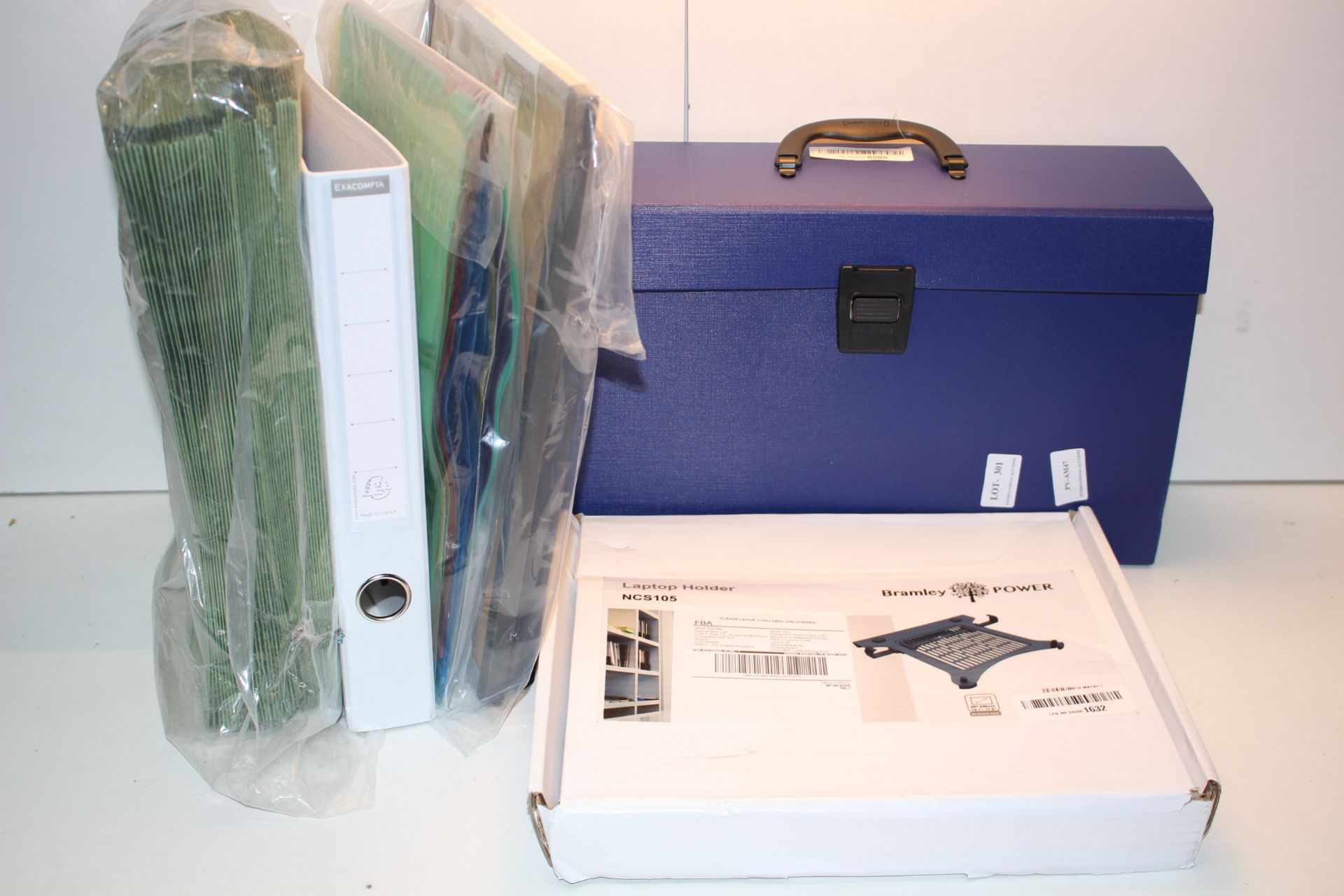 6X BOXED/UNBOXED ASSORTED ITEMS TO INCLUDE FOLDERS & OTHER (IMAGE DEPICTS STOCKCondition