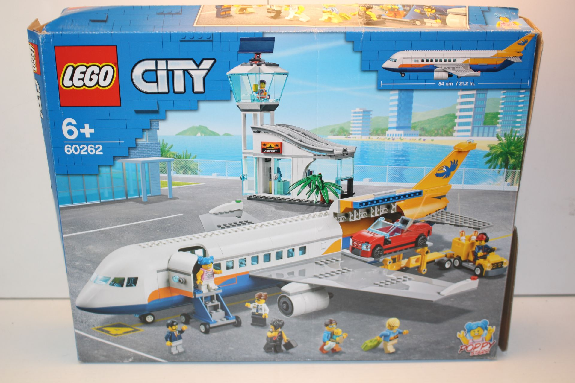 BOXED LEGO CITY AIRPORT 60262 RRP £59.99Condition ReportAppraisal Available on Request- All Items